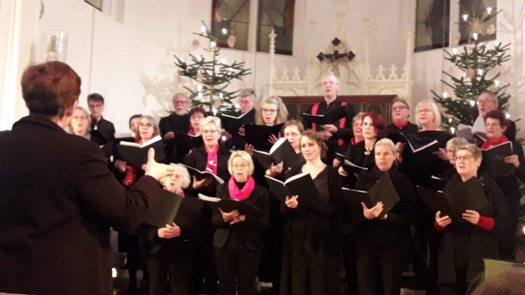 Kantorei Norderney beim Weihnachtskonzert am 26.12.2019 in der Inselkirche Norderney